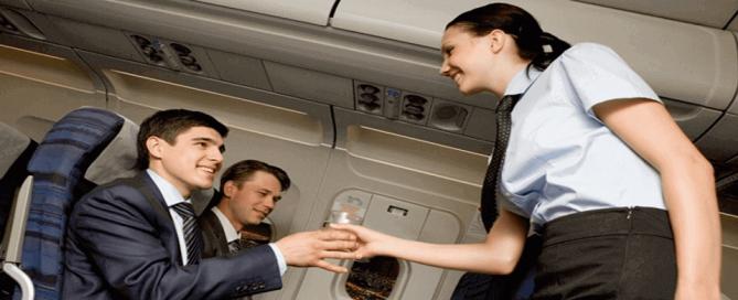 Entrevue d'hôtesses de l'air et stewards